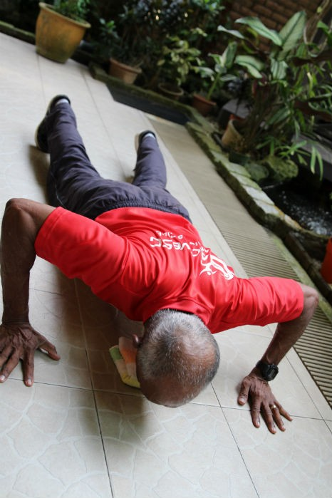 elderly pushup